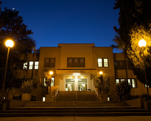 La Sierra Hall at night